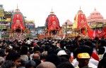 Lakhs converge on Puri for Rath Yatra