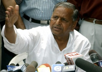Third Front after Lok Sabha polls: Mulayam