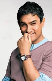 Aamir is a living legend: Kareena Kapoor