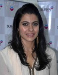 Kajol feels actors can't be popular without being glamorous