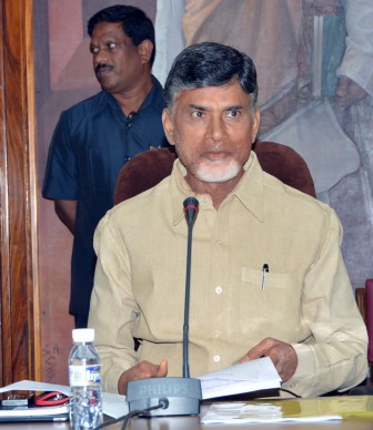 Andhra CM Chandrababu Naidu announces Rs.5 lakh for soldier killed in Siachen avalanche